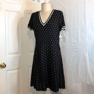 NWT CeCe Black & White Short sleeve Sweater dress
